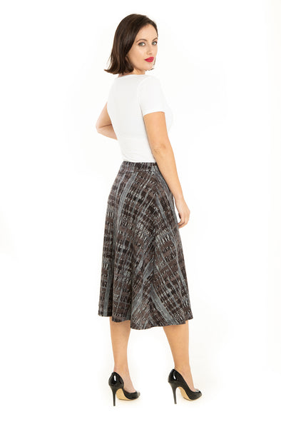 Abstract Stripes Knit Skirt