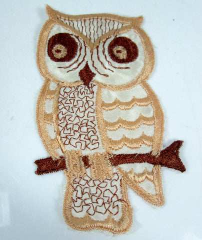 XL Vintage Embroidered Owl Sew On Patch Peach and Brown