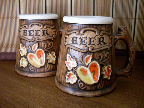 Vintage Treasure Craft Beer Mugs Apple Leaf Motif Wood Grain Set of 2