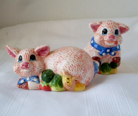 Vintage Pig Salt and Pepper Shakers