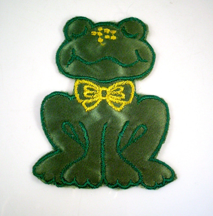 Vintage Sew On Patch Green Frog