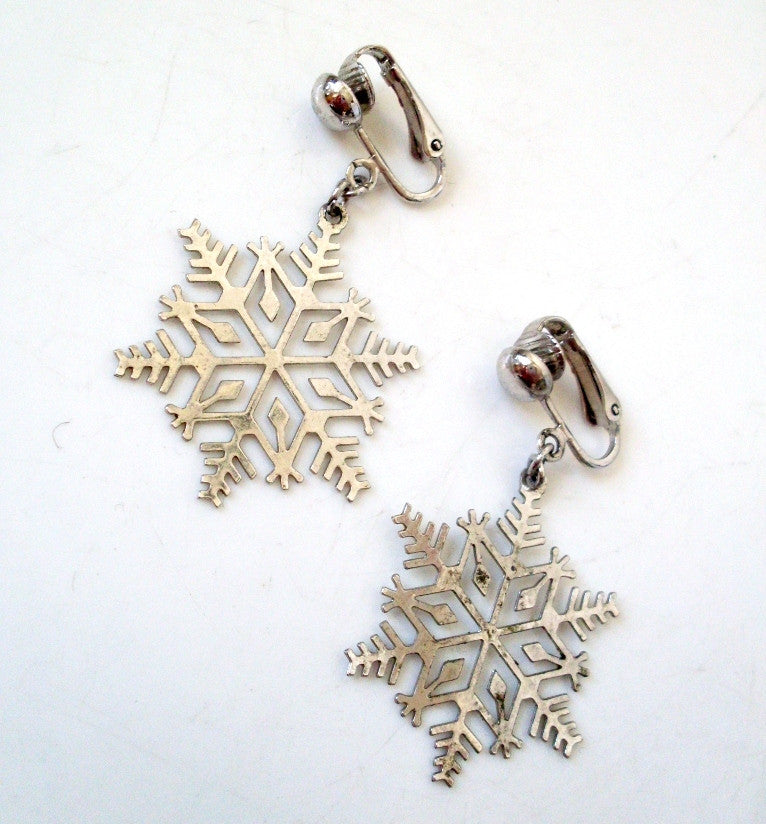 Vintage Snowflake Silver-tone Earrings by Avon
