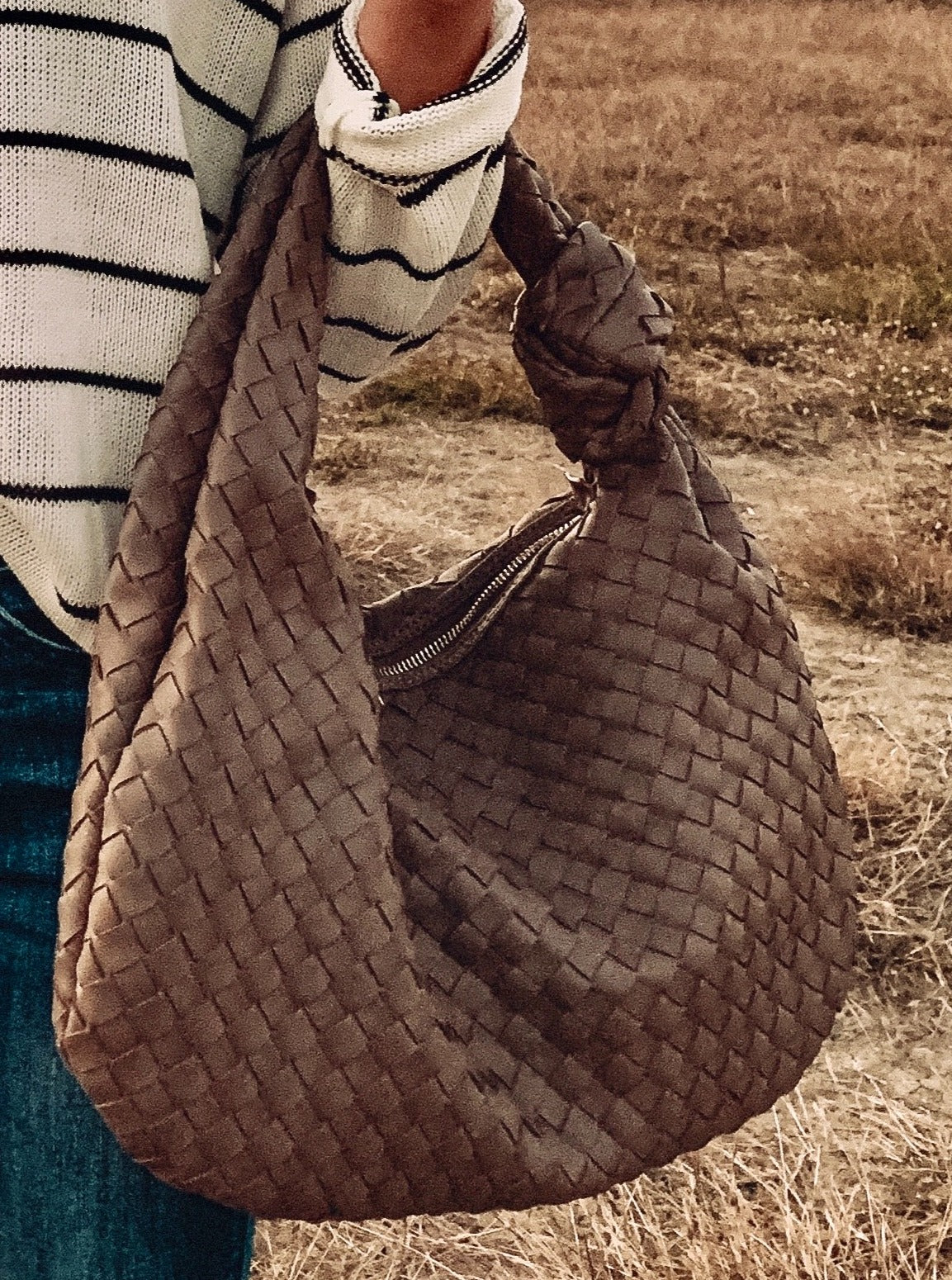 Load image into Gallery viewer, Mellie Woven Hobo Bag
