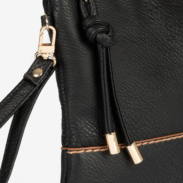 Cartera negra de mano matties