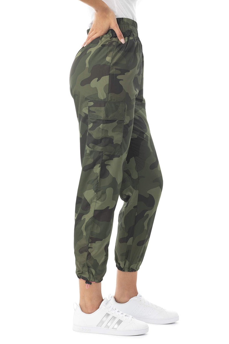 Women's Juniors Camo Print High Waist Nylon Wind Jogger - Almost Famous Clothing