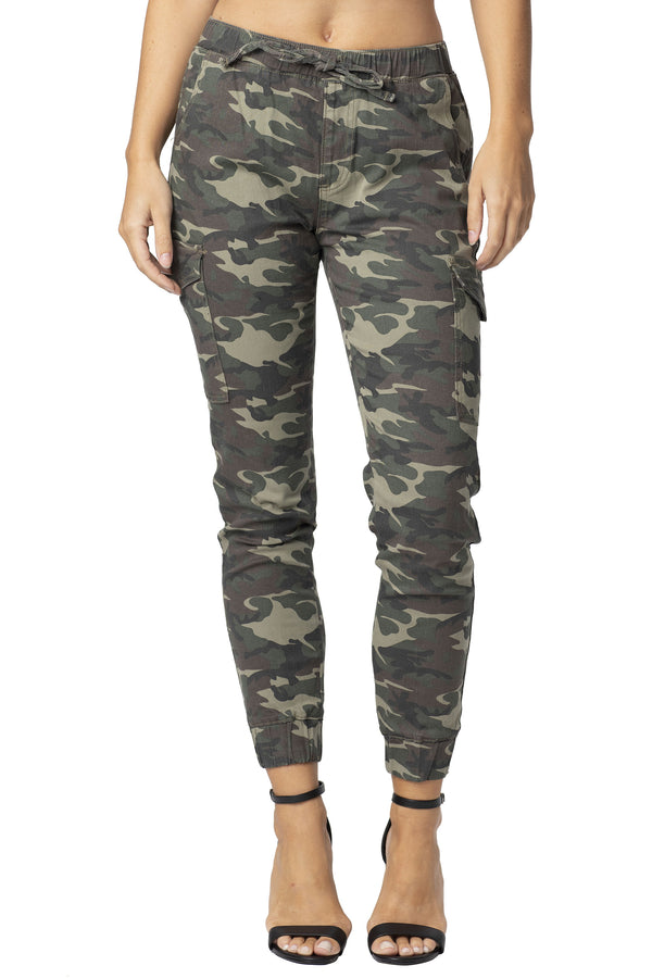 CAMO PRINT TWILL PULL-ON JOGGER - Almost Famous Clothing
