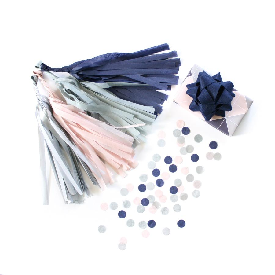 Load image into Gallery viewer, Sapphire Tassel Garland Kit
