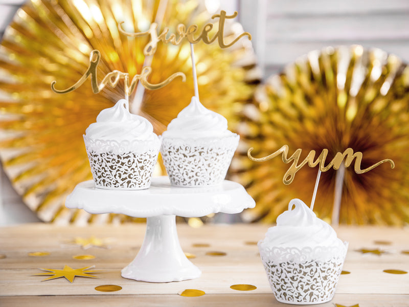 White Lace Cupcake Wrappers (10 pack)