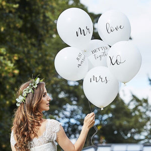 White Wedding Balloon Bouquet (6 pack)