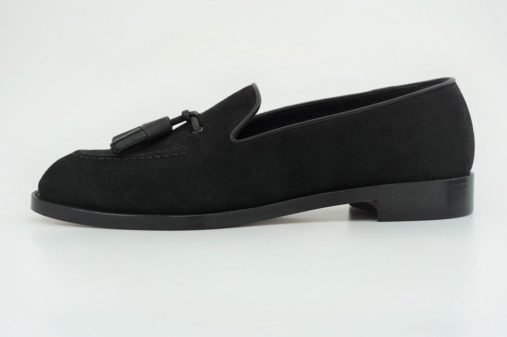 Load image into Gallery viewer, MIYAGIKOGYO FOR  WOMEN / MKFW-004 / タッセルスリッポン / col,BLACK.SUEDE / 宮城興業㈱製