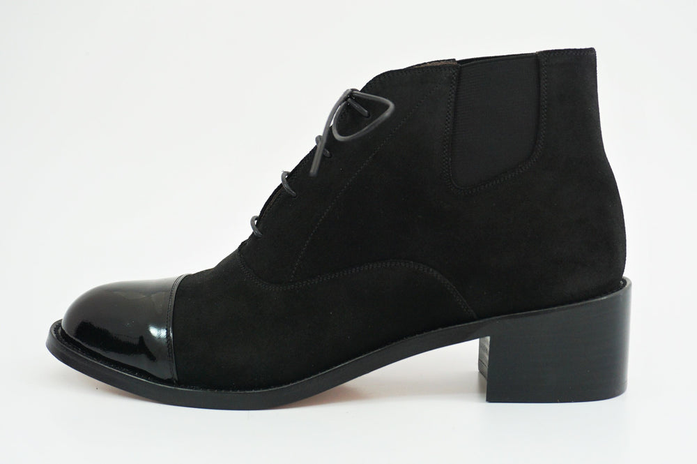Load image into Gallery viewer, MIYAGIKOGYO FOR  WOMEN / MKFW-006 / レースアップサイドゴアブーツ / col,BLACK.SUEDE / 宮城興業㈱製