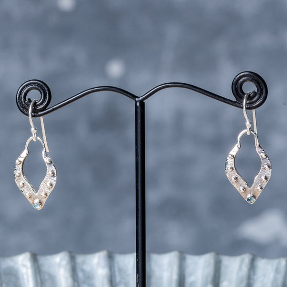 Dotted Open Drop Earrings