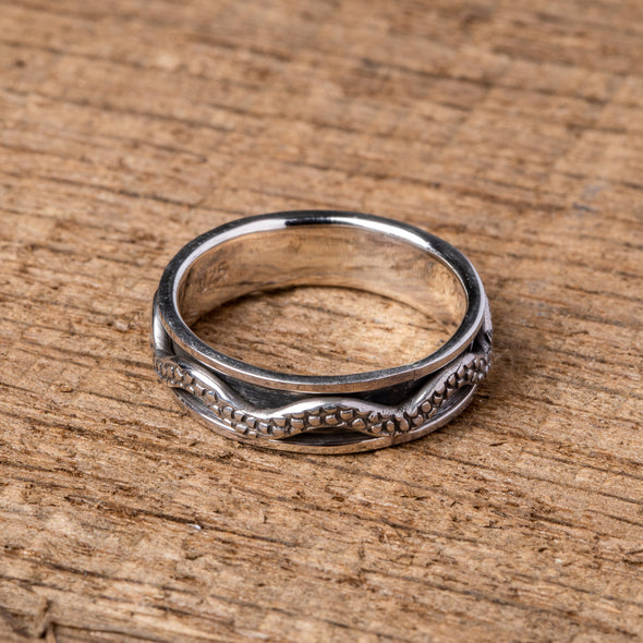 Patterned Wave Spinner Ring