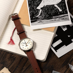 BUUR tungl with brown leather strap
