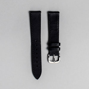 The black Italian veg tan strap with brushed buckle. 18mm