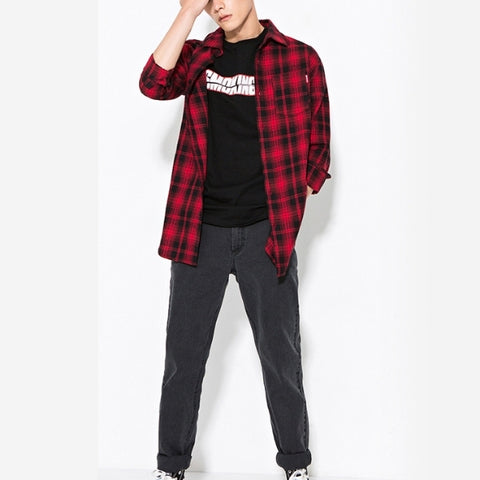 Black t-shirt with flannel on men