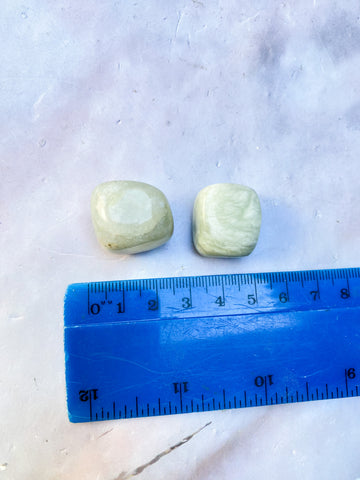 Red Jasper Toothless Carving