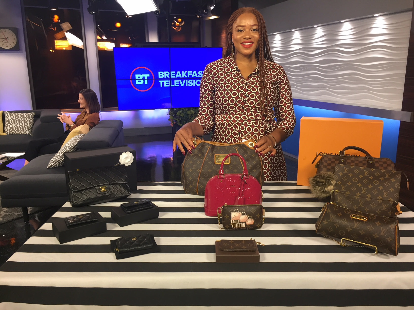 JOYCE'S CLOSET STAYS AUTHENTIC WITH NEW HANDBAG AUTHENTICATION SERVICE