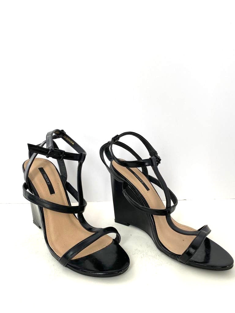 Forever 21 Black Wedge Sandals Size 10