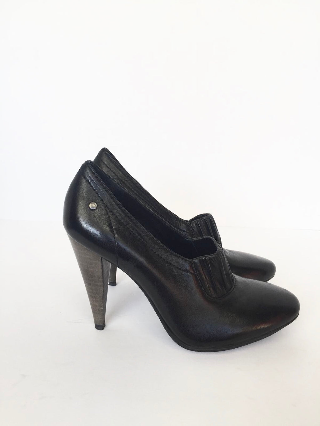 "Coach "" Adra"" Black Leather Round Toe Booties Size 5"
