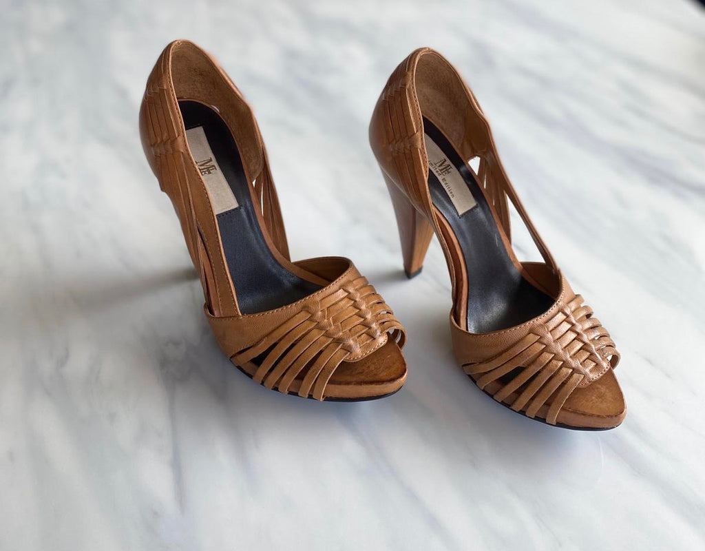 Mia Brown Woven Heels Size 6