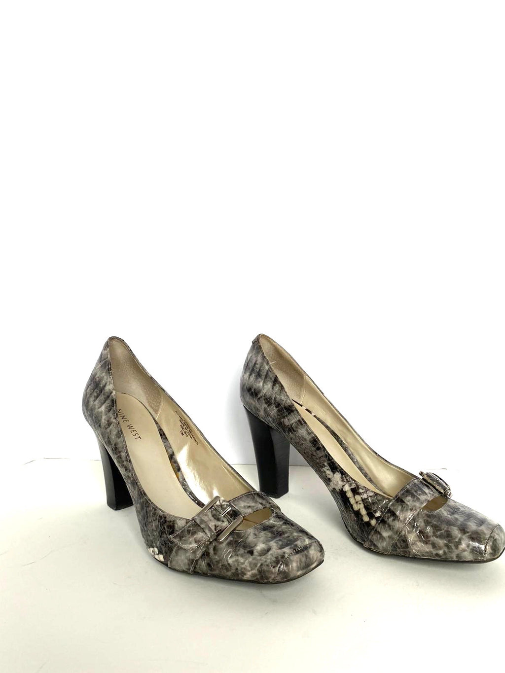 Nine West Grey Snake Embossed Pump Size 10