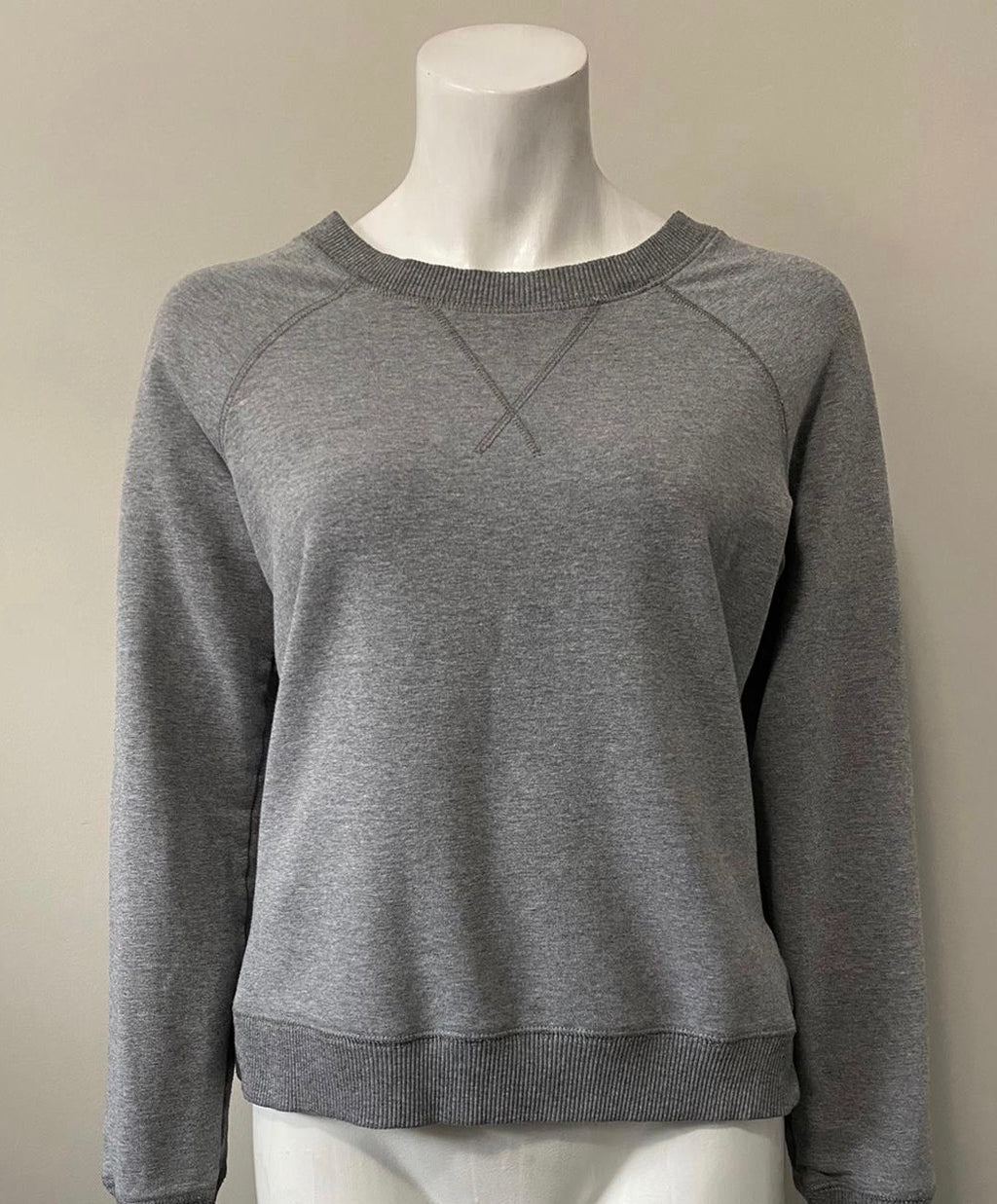 Marc by Marc Jacob Grey Sweater Size M