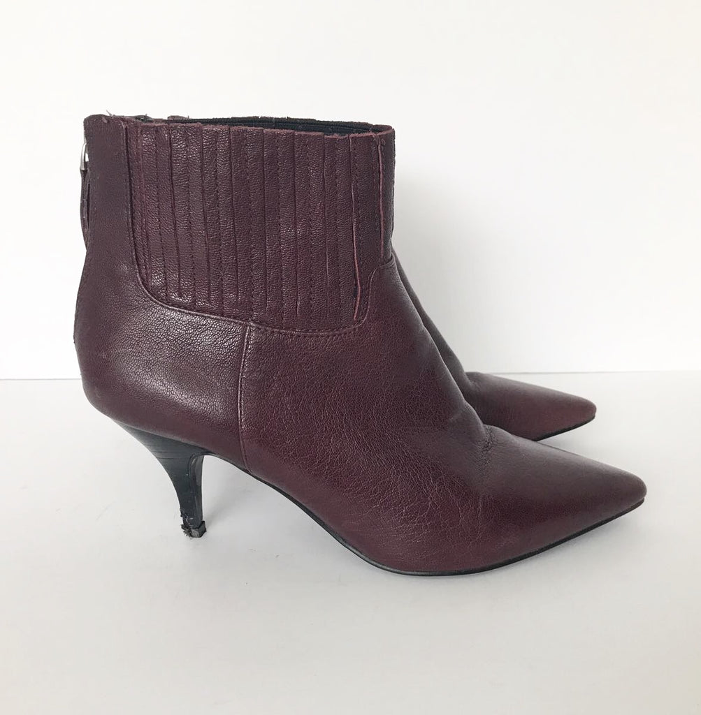 Nine West Burgundy Pointed Toe Ankle boots Size 6.5