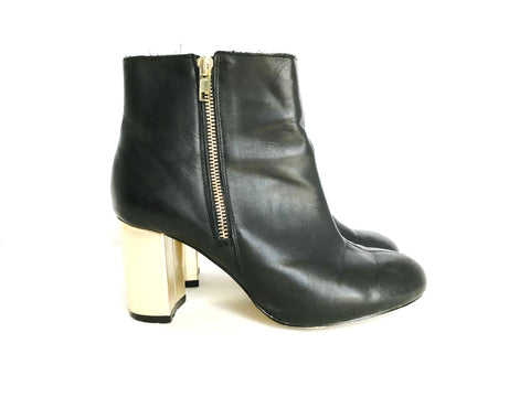 Lord & Taylor Black Ankle Boots Size 8
