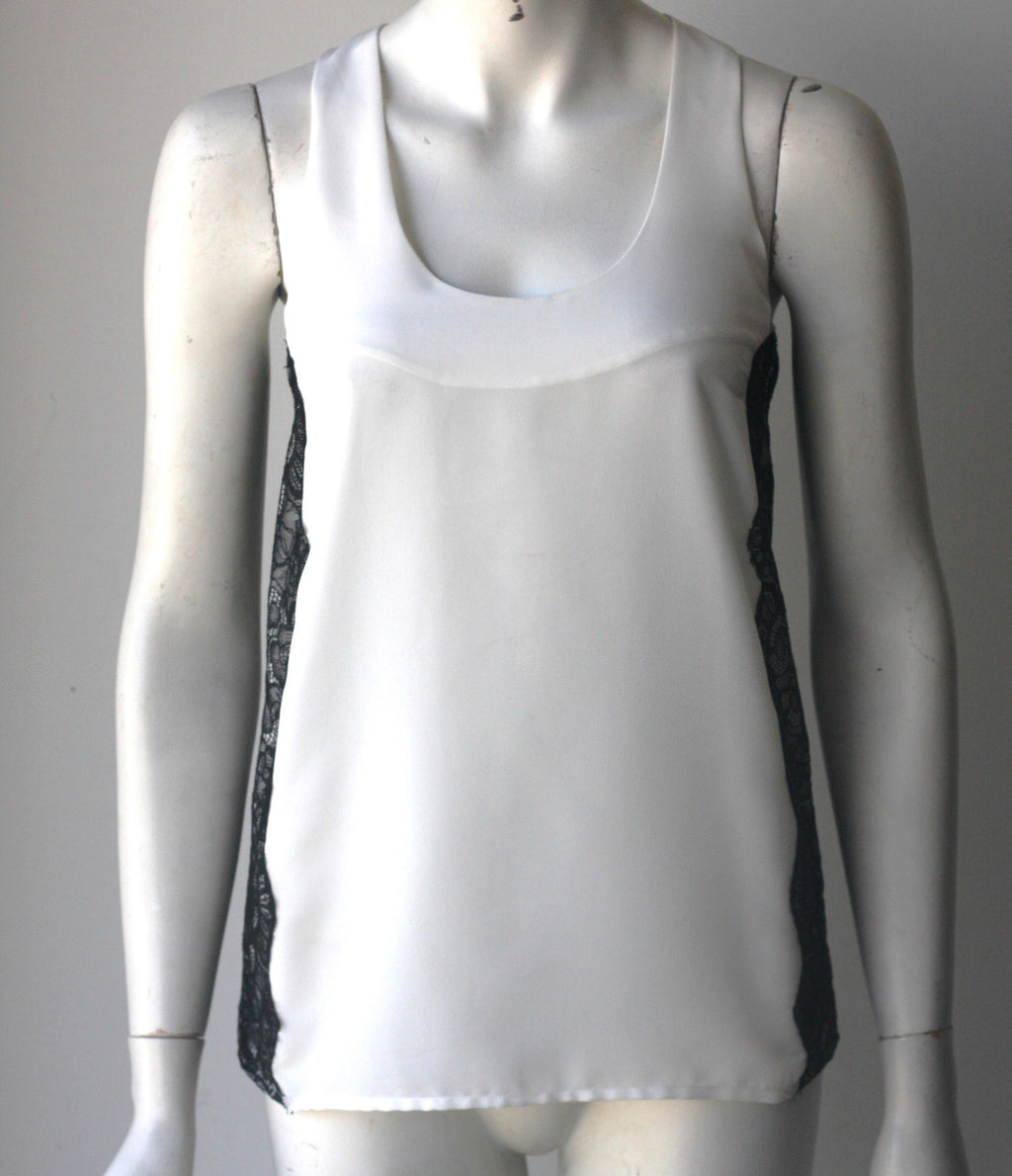Central Park White & Black Sleeveless Blouse - Joyce's Closet  - 1