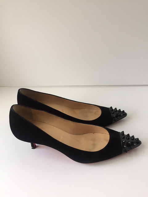 Christian Louboutin Black Suede Spike Toe Kitten Heel Geo Pump Size 37.5 US 7.5