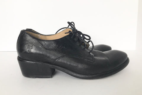 Frye Black Leather Almond Toe Shoes Size 6.5