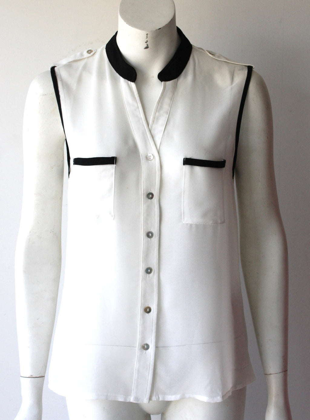 Timing Sleevless White & Black Button Up Blouse - Joyce's Closet  - 1