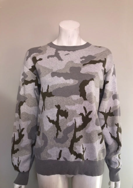TNA Grey Camo Print Sweater Size XS