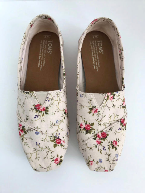 "Toms Limited Edition "" La Vie Est Bella"" Floral Shoes Size 7"
