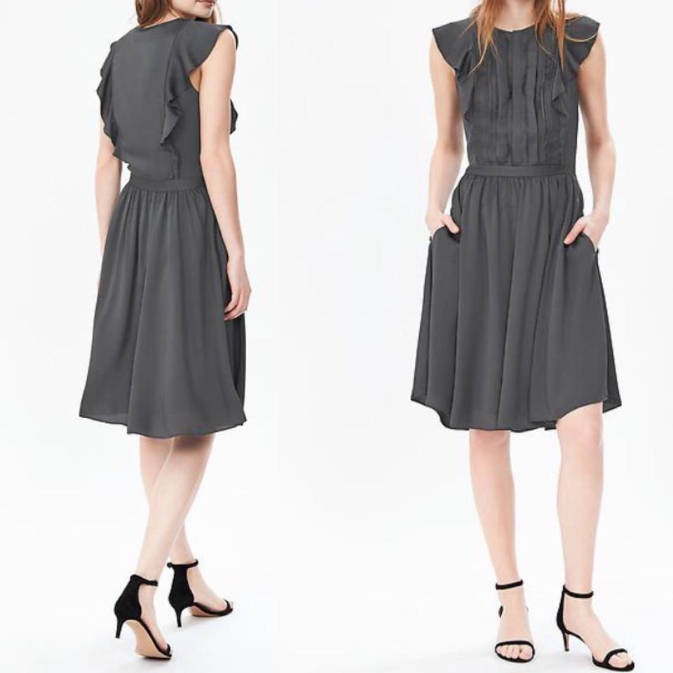 Banana Republic Grey Pintuck Ruffle Sleeve Dress Size 14