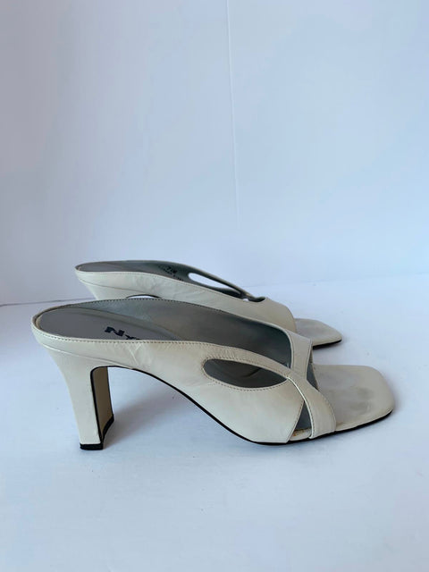 Vintage Nygard Cream square Toe Leather Open Toe Mule Size 7.5