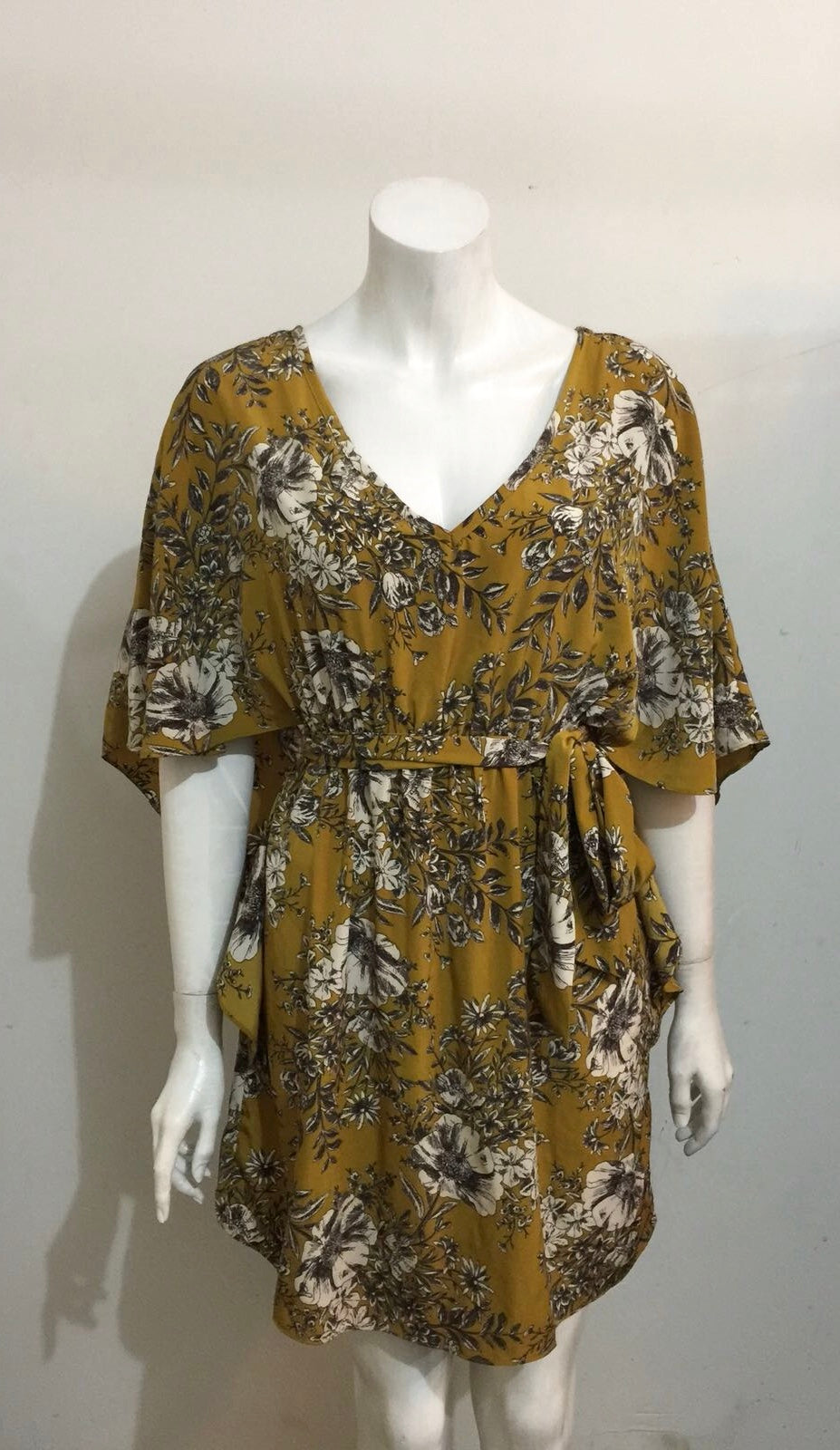 Kaida Green Floral Print Batwing Dress Size M