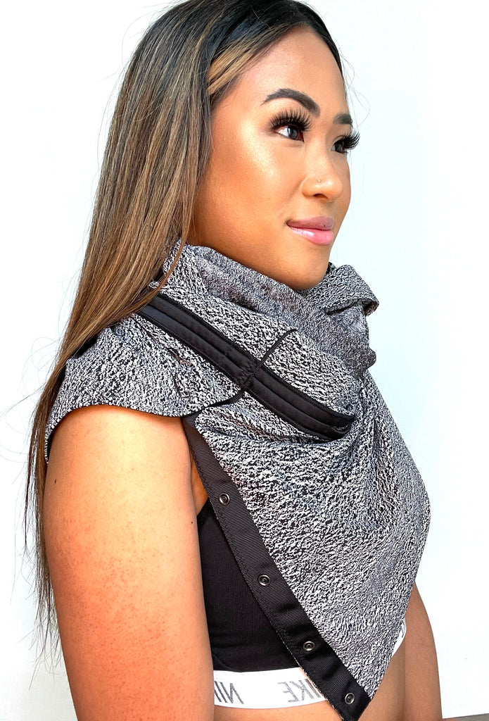 Brand New Lululemon Dark Grey Snap Button Scarf O/S