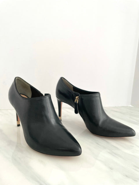 Tory Burch Black Ankle Booties Size 8M