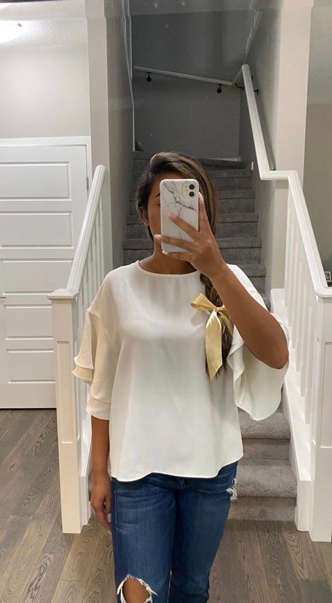 H&M Cream Ruffle Sleeve Blouse Size 6