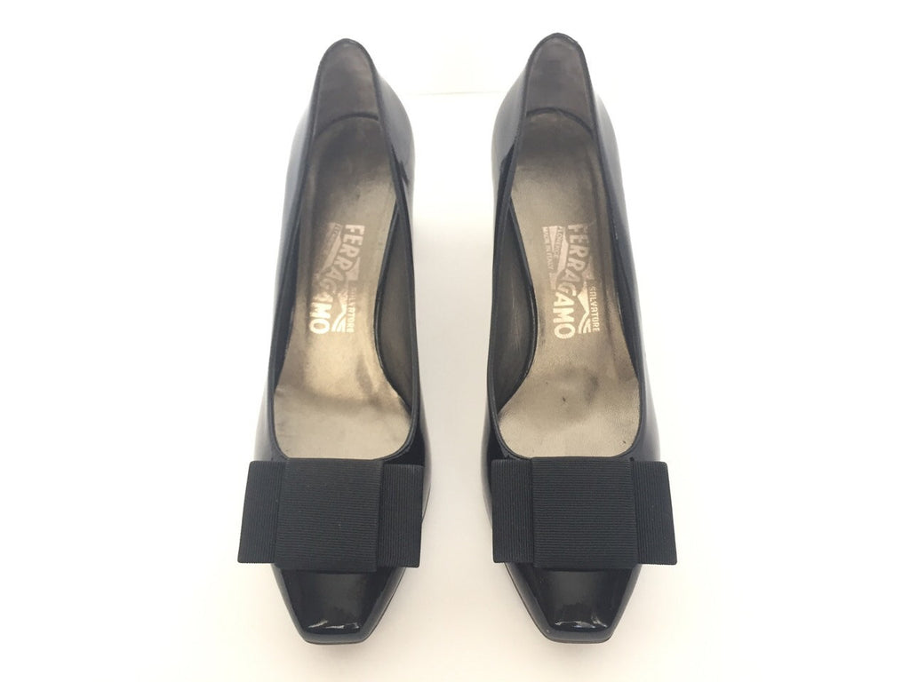 Brand New Salvatore Ferragamo Florita Black Patent Leather Pump Size 6.5