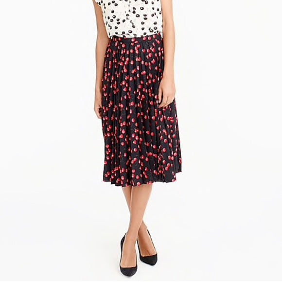 J.Crew Red Cherry print Skirt Size 4