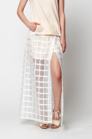 Brand New Renjo White Checkerboard Sheer Overlay Maxi Skirt Size L