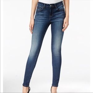 "William Rast "" Kara"" Blue Skinny Jeans Size 24"