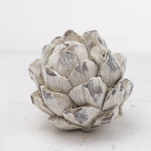 Load image into Gallery viewer, Stone artichoke accessories
