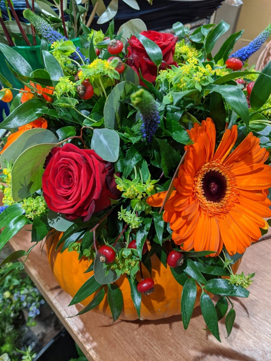 Bespoke Oasis Flower Arrangements - The Cove
