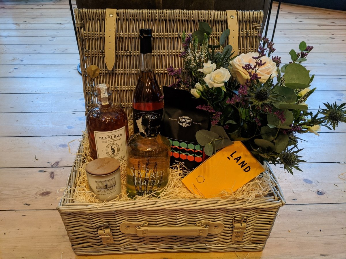 Bespoke Rum Lover Hamper - The Cove