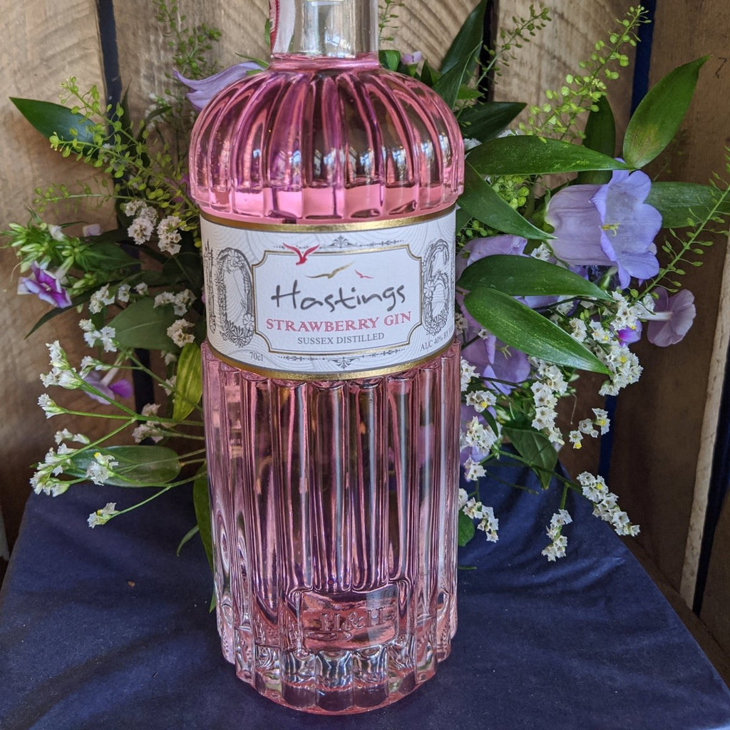 Hastings 1066 Strawberry Gin - The Cove