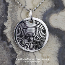Load image into Gallery viewer, Round Fingerprint Necklace